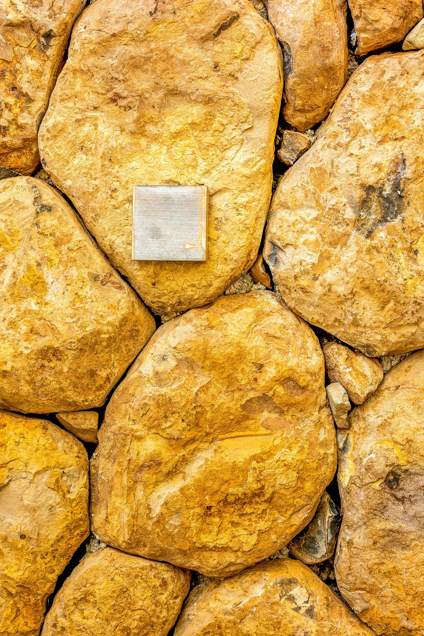 Byron - Solid Stone