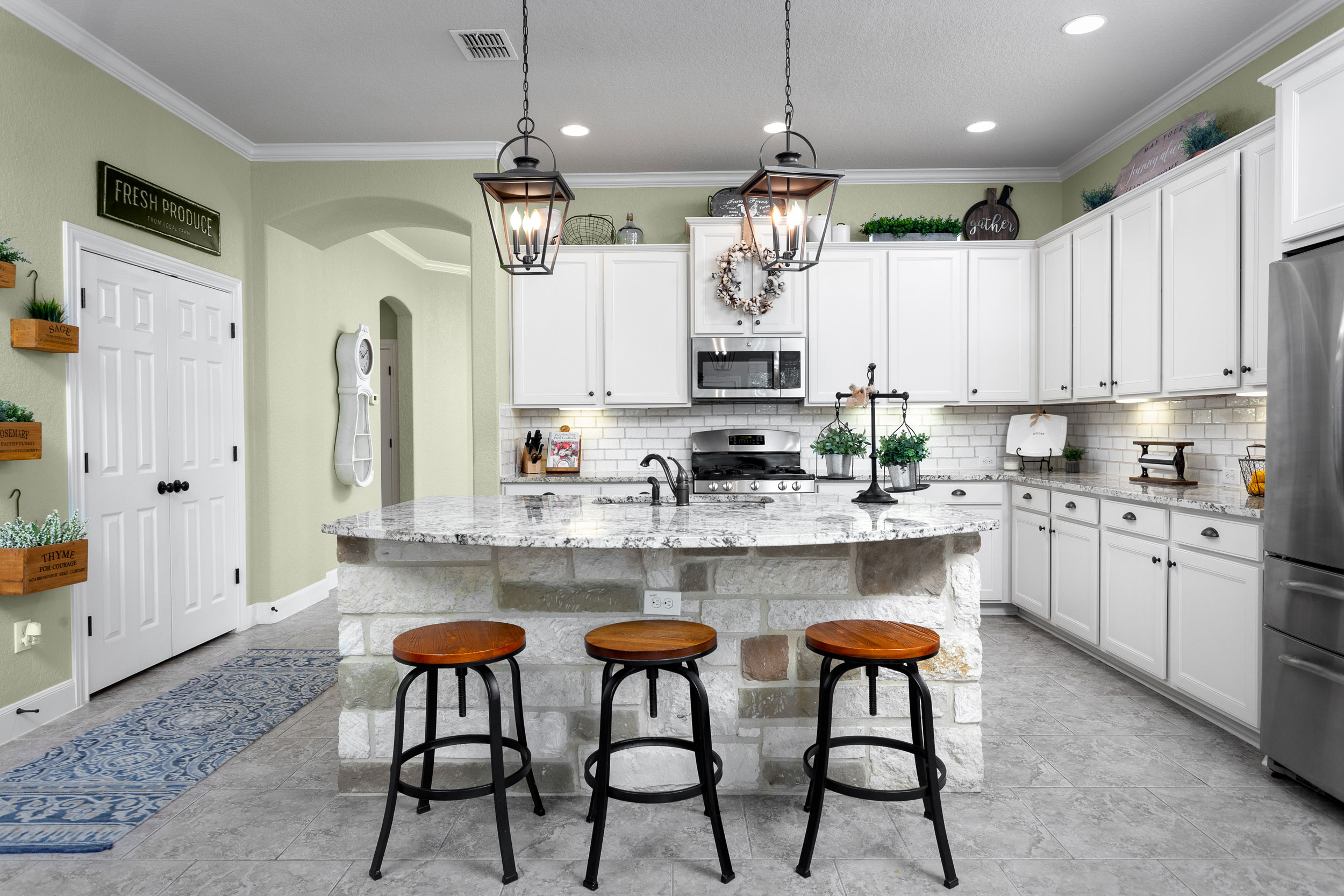 kitchen-design-pottery-barn.jpg