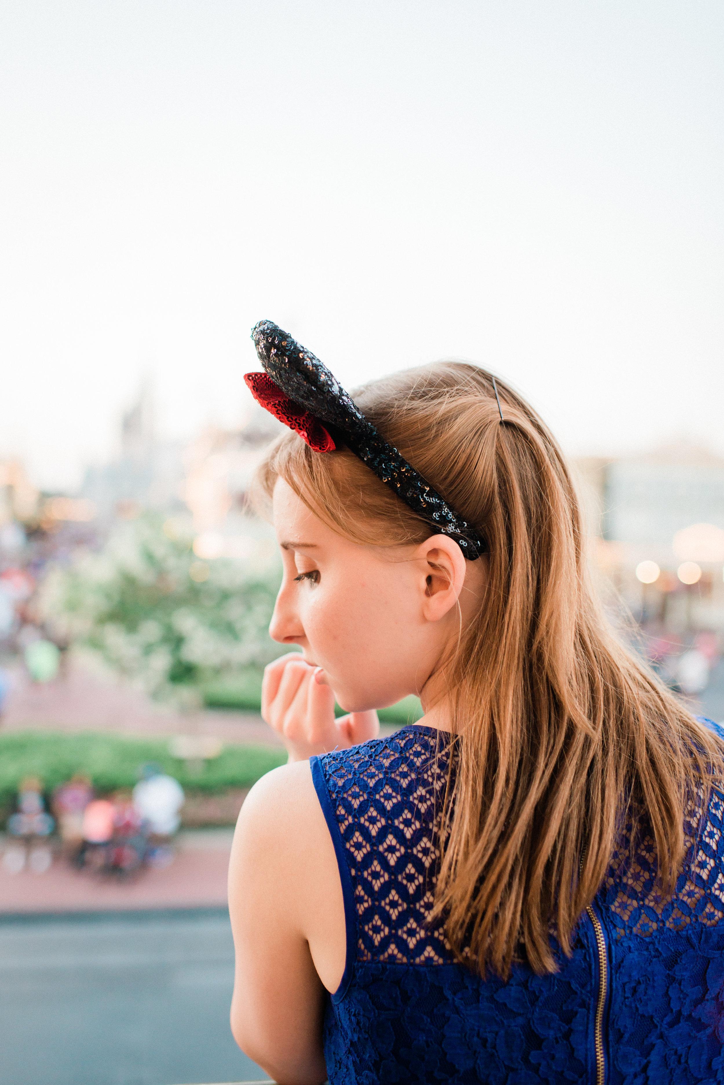 KateTaramykinStudios-Disney-World-Magic-Kingdom-Portraits-Jess-21.jpg