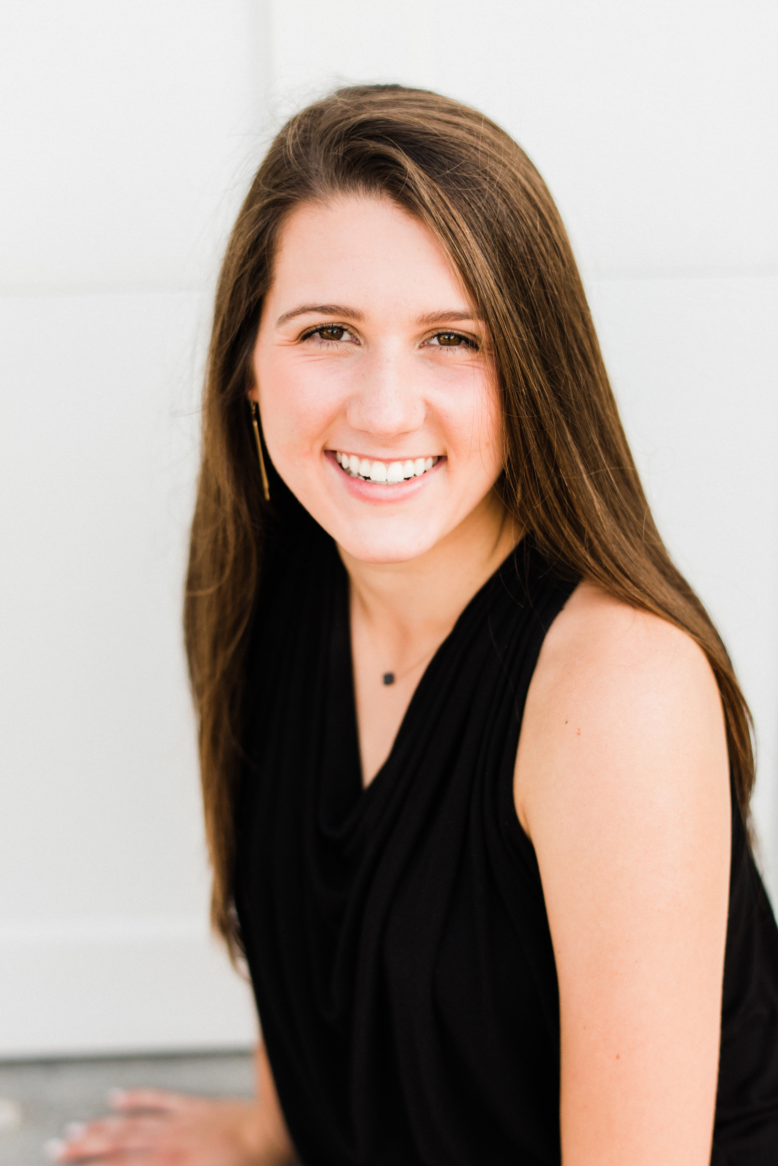 KateTaramykinStudios-Bishop-Moore-Senior-Portraits-Cameron-8.jpg