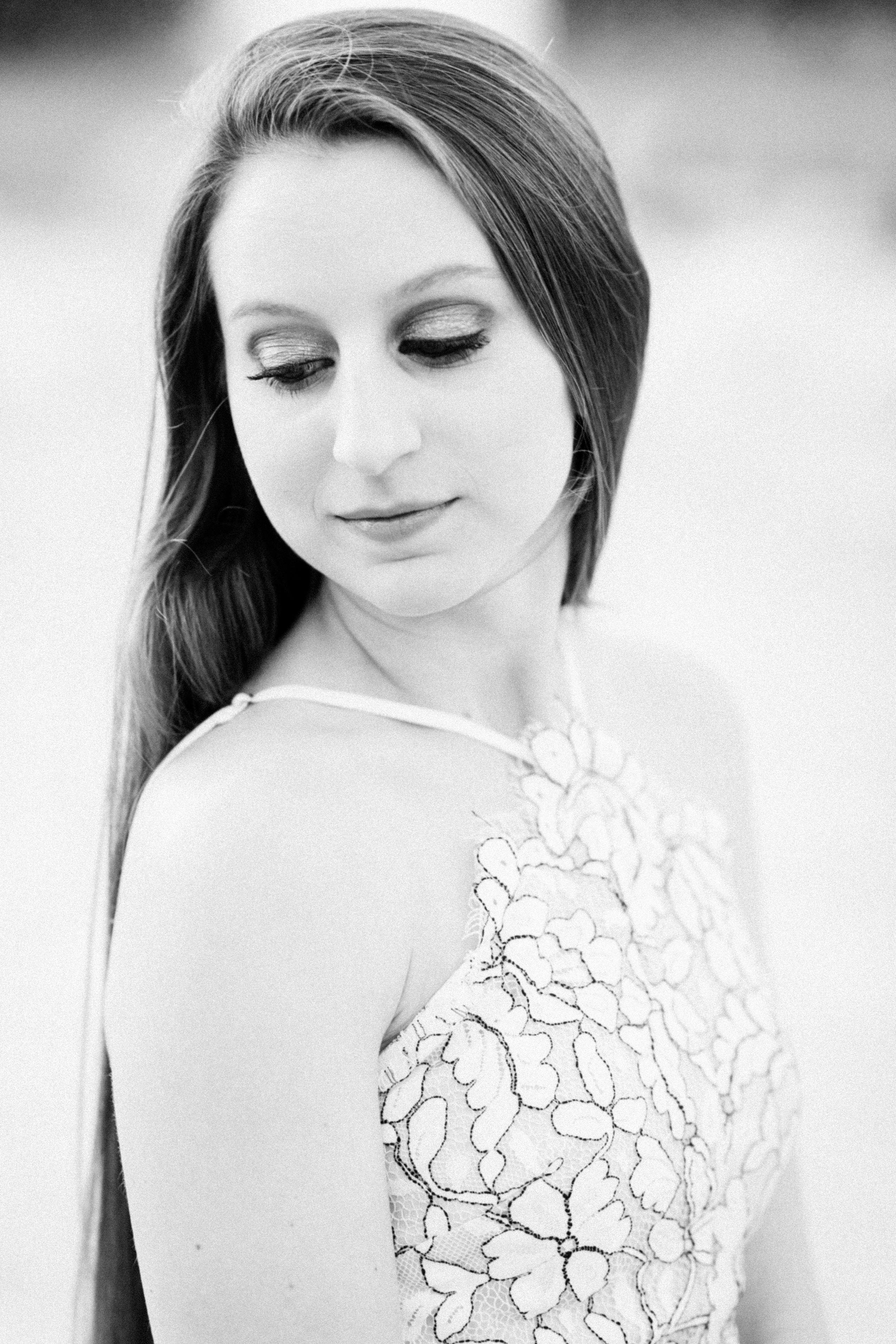 KateTaramykinStudios-UCF-Senior-Portraits-Amanda-23.jpg