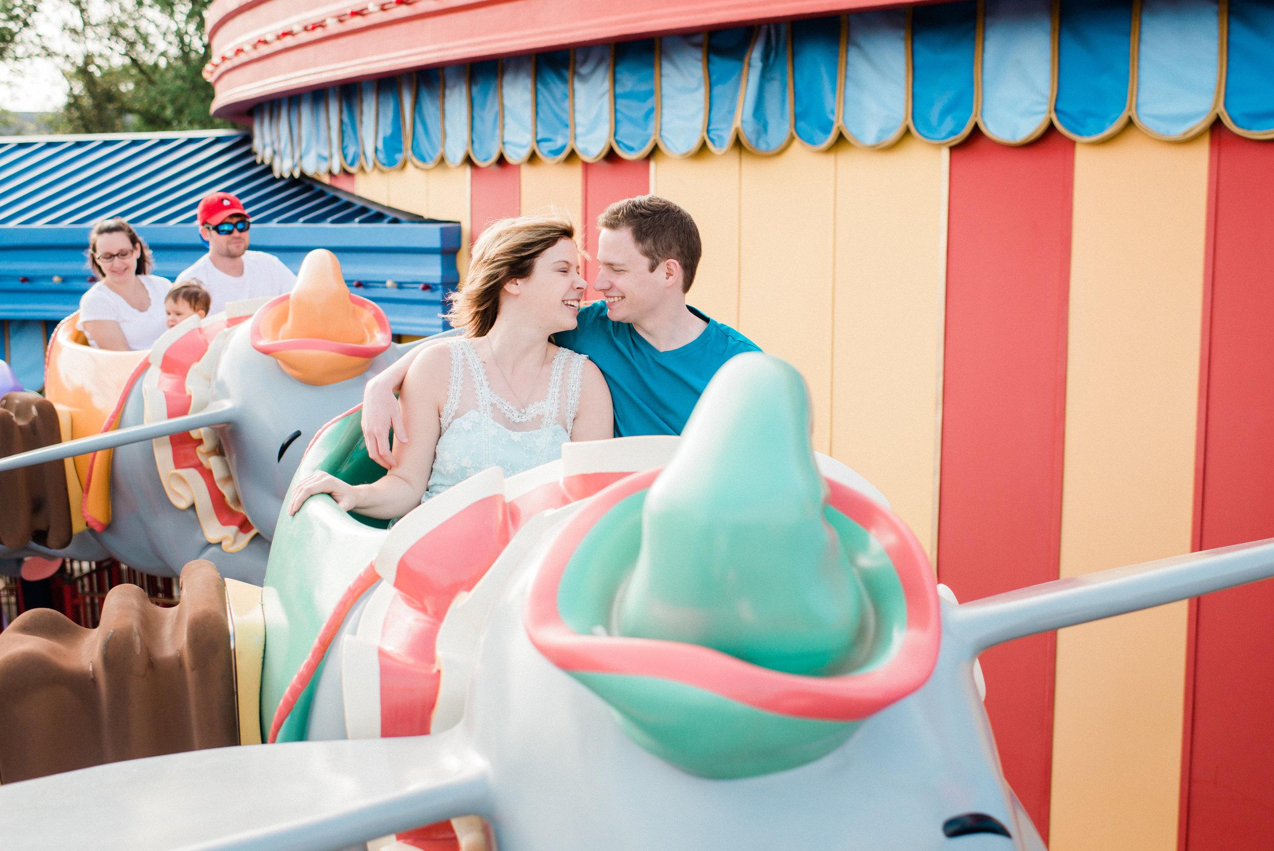 KateTaramykinStudios-Disney-World-Magic-Kingdom-Portraits-KristenDylan-21.jpg