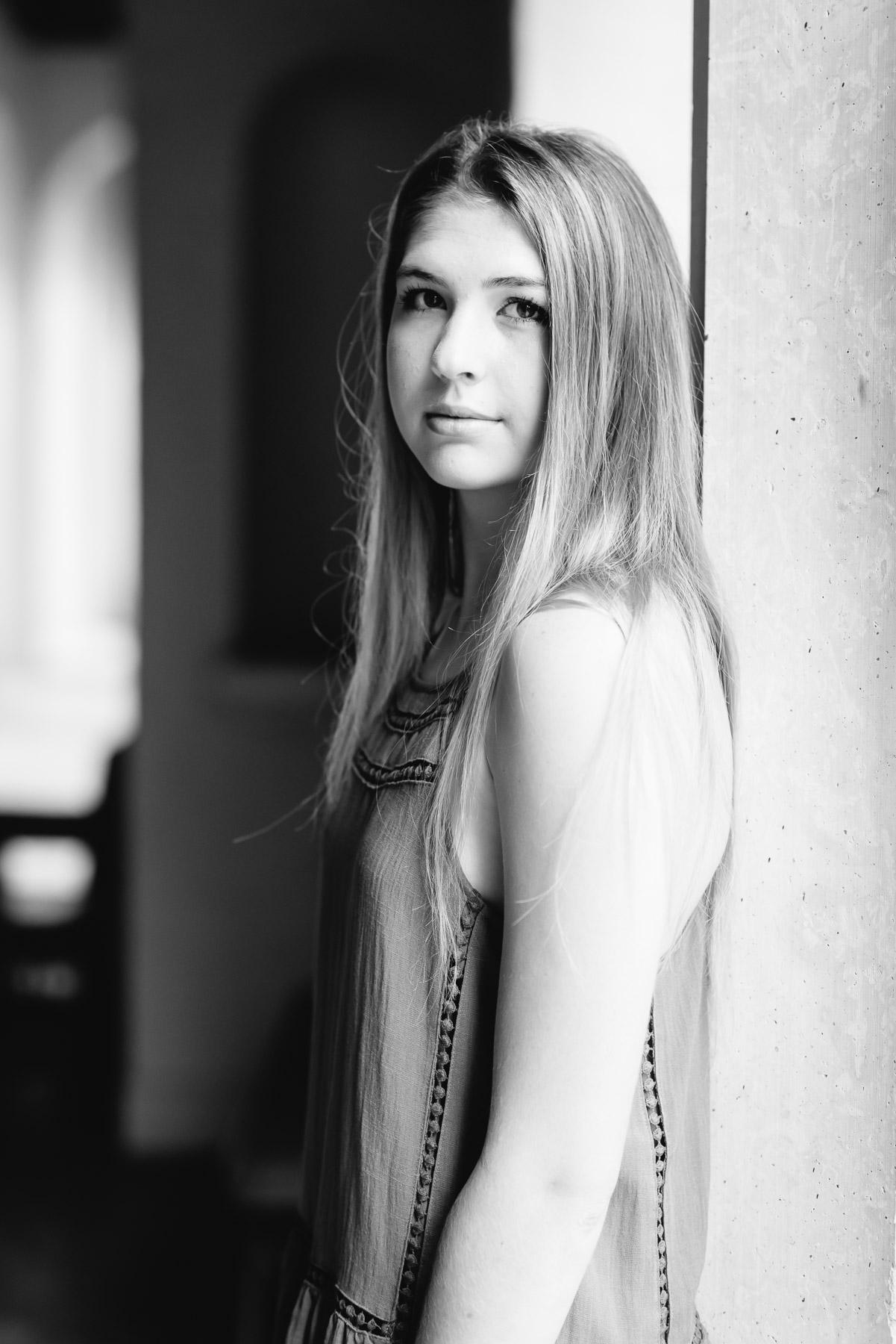 KateTaramykinStudios-Winter-Park-Senior-Portraits-Claire-12.jpg