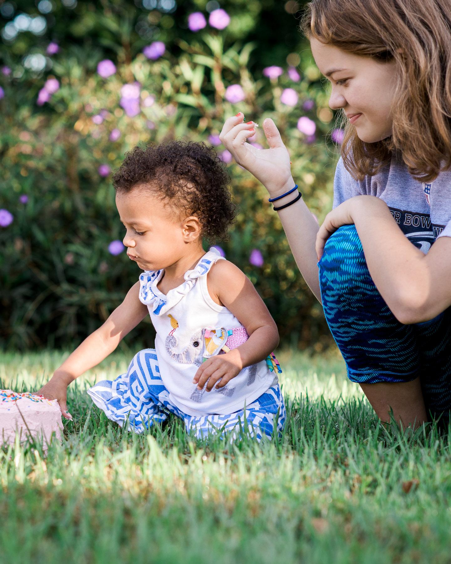 KateTaramykinStudios-Orlando-Family-Photographer-Cake-Smash-9.jpg