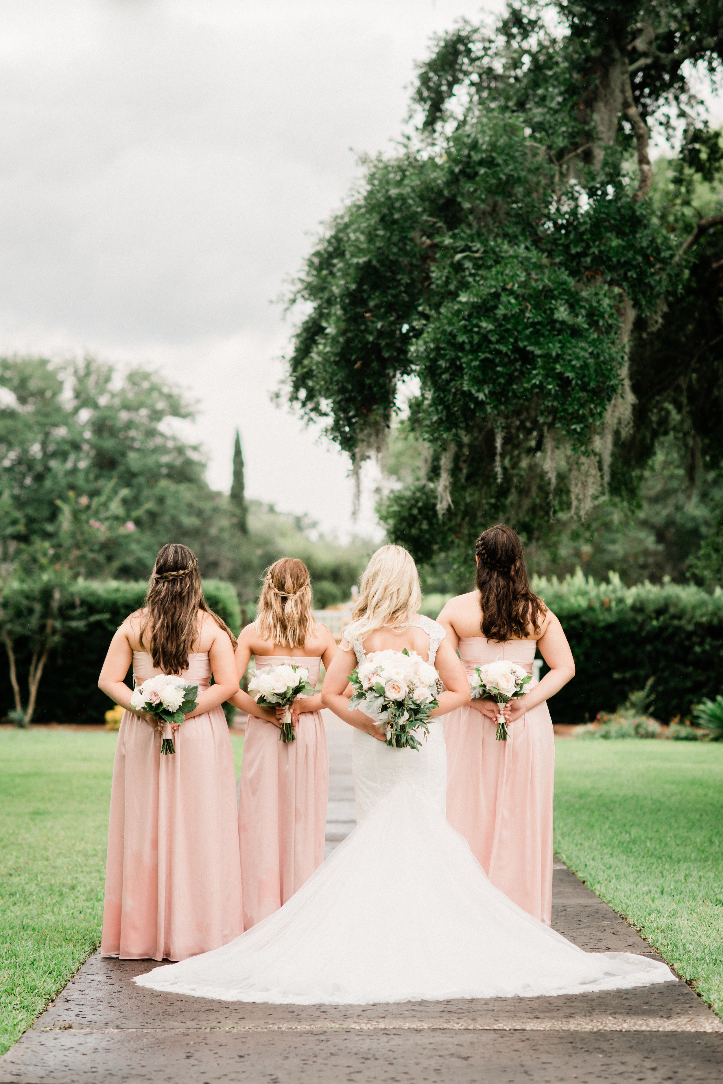 KateTaramykinStudios-Portfolio-Weddings-LeuGardens-7.jpg
