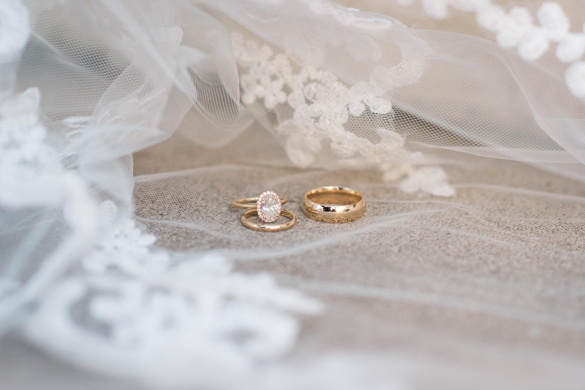 KateTaramykinStudios-Portfolio-Weddings-Rollins-1.jpg