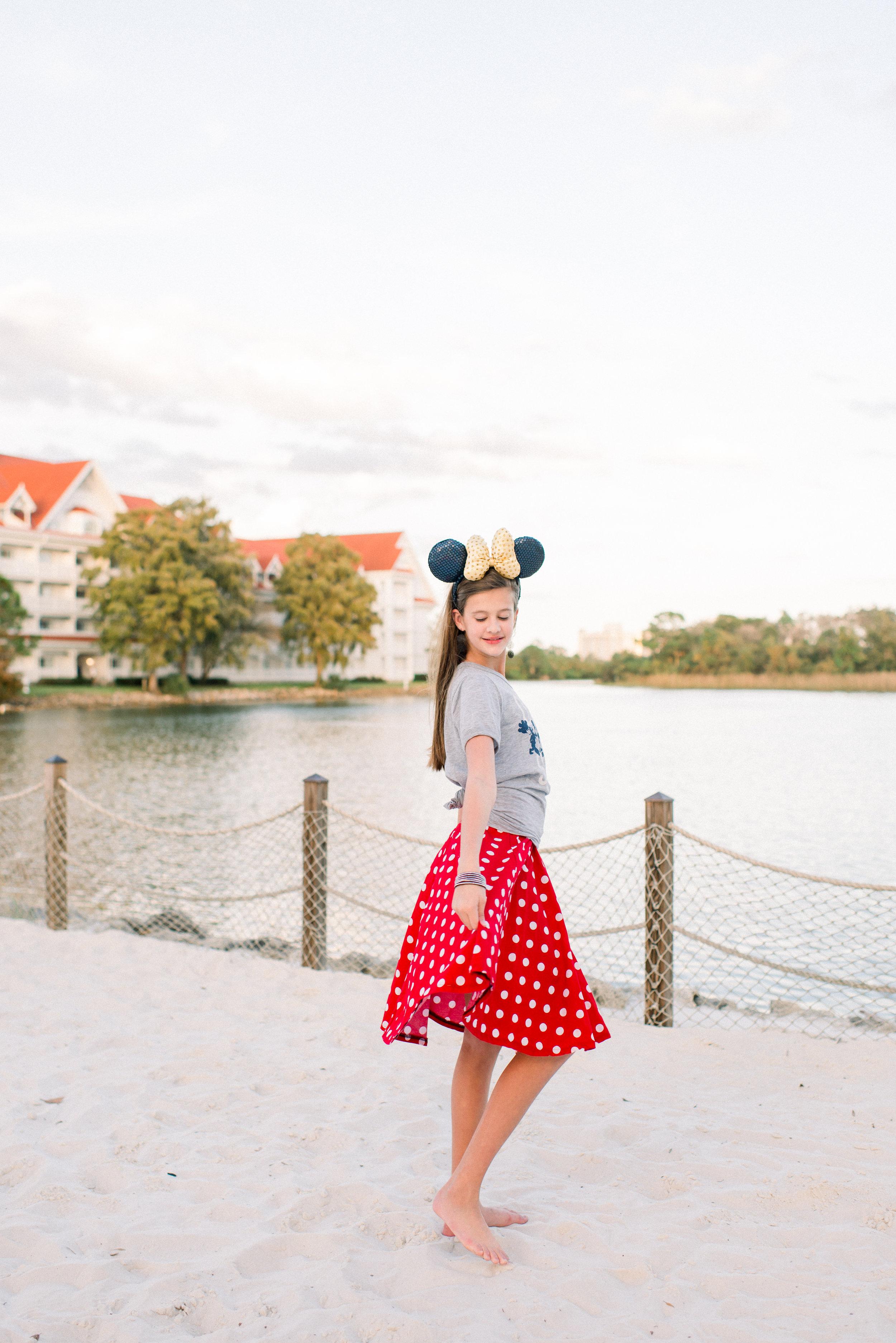 KateTaramykinStudios-Disney-Grand-Floridian-Family-Portraits-Kulwicki-23.jpg