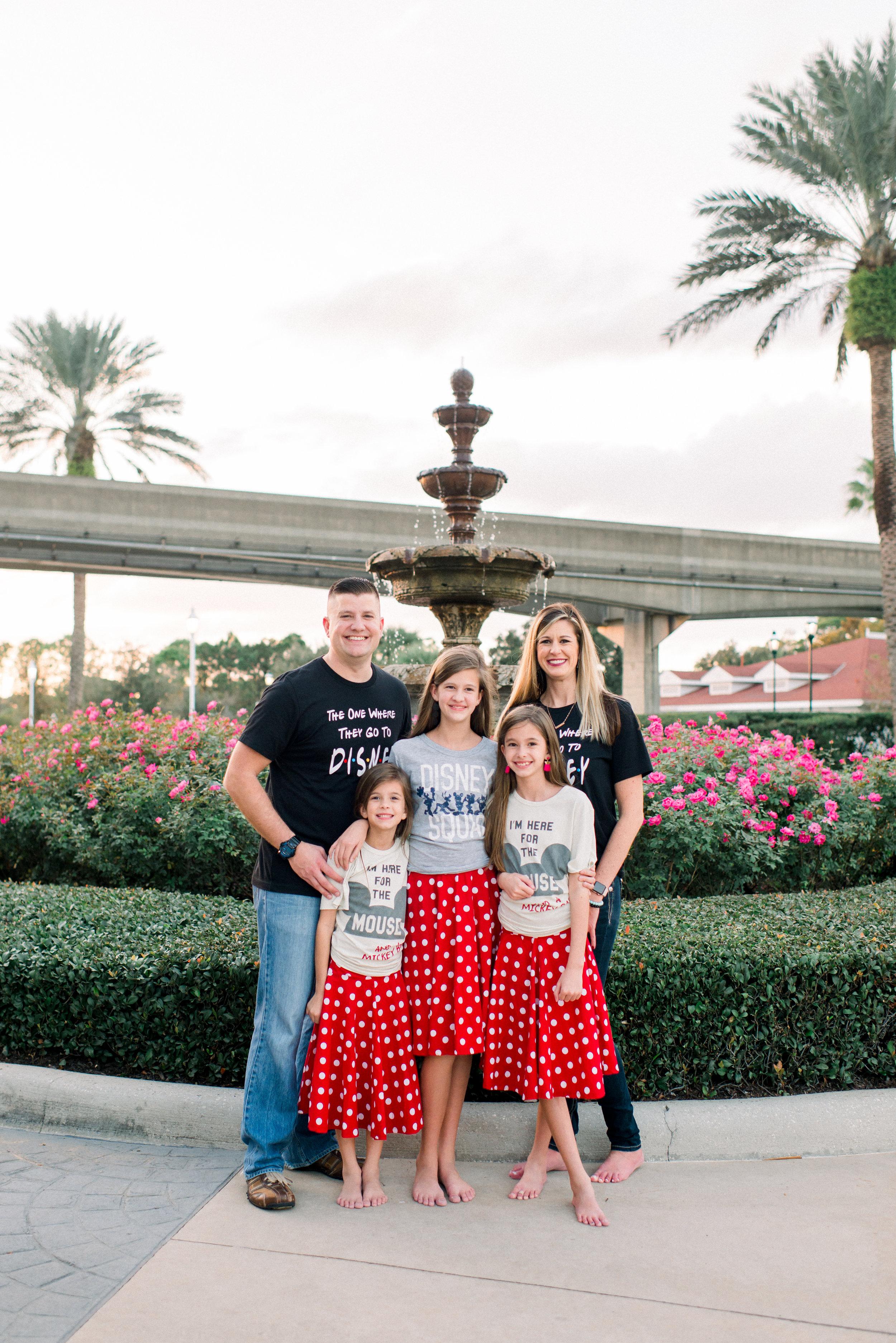 KateTaramykinStudios-Disney-Grand-Floridian-Family-Portraits-Kulwicki-28.jpg