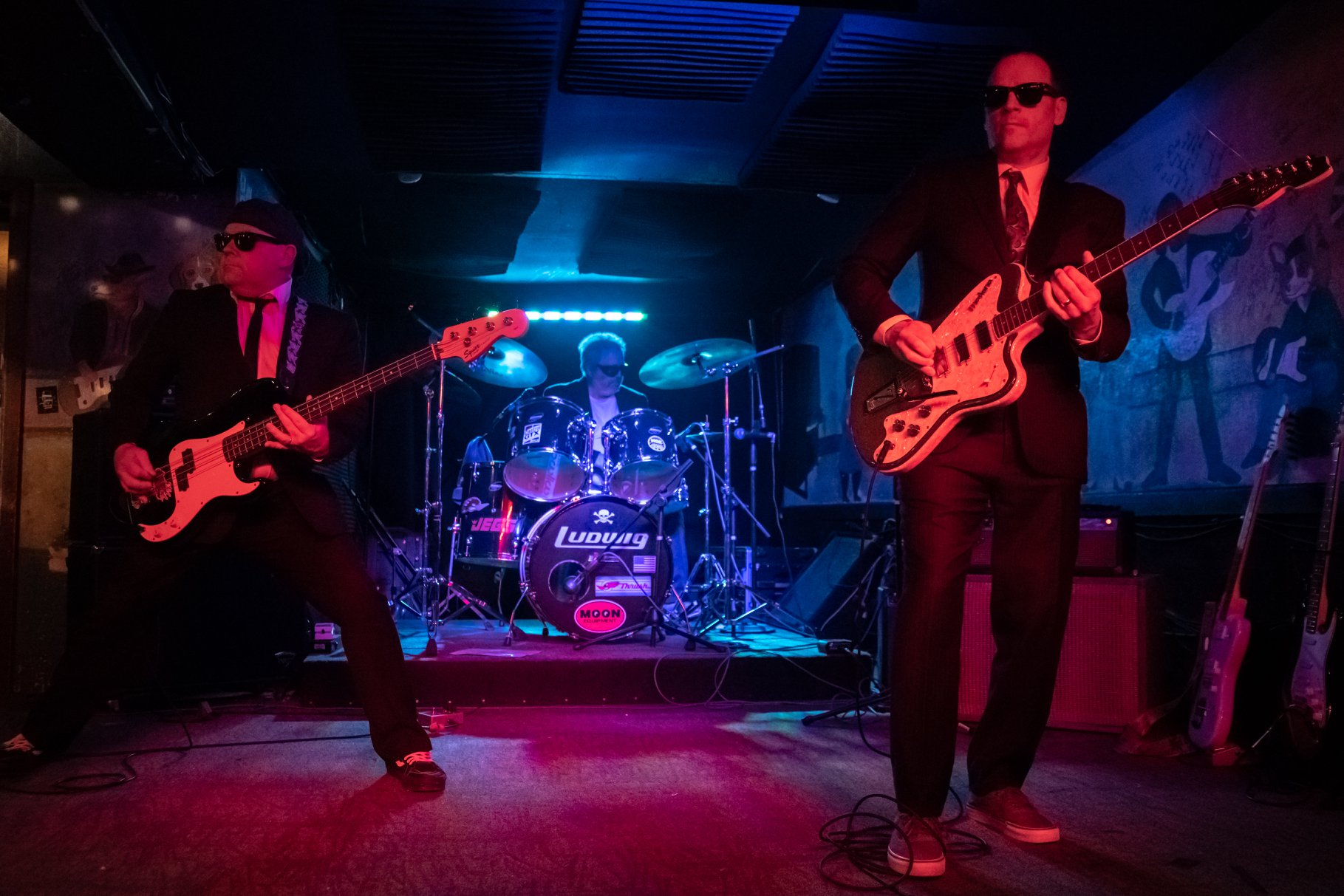 The Turbosonics - Three-piece, instrumental, surf-rock band based in Pittsburgh, PA. The Turbosonics play original instrumentals, traditional surf music (Dick Dale, Link Wray, The Surfaris, The Ventures, etc.), and a few unconventional surf-instro adaptations.