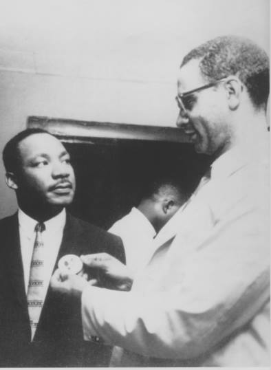 Path Press Inc. founder Bennett Johnson with Martin Luther King Jr. at the 1960 Chicago NAACP March on Conventions Movement