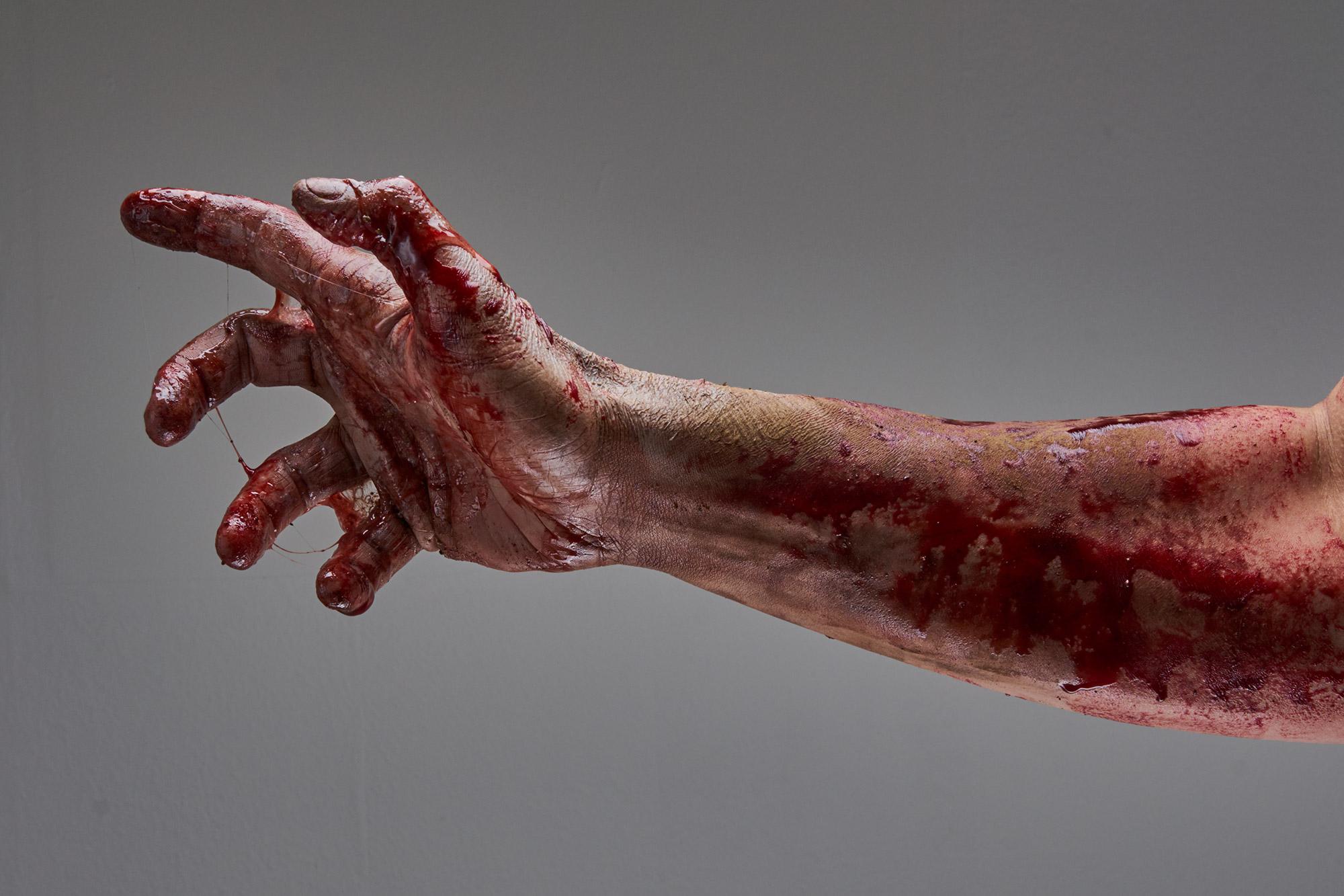 zombie_hand1397.jpg