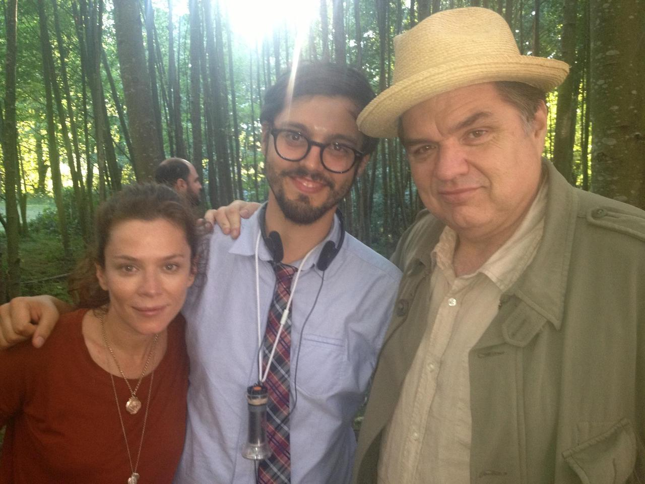 Me, Anna Friel, and Oliver Platt on Oliver's last day of shooting. More photos of the talented cast of  The Cleanse  on my  facebook page here .