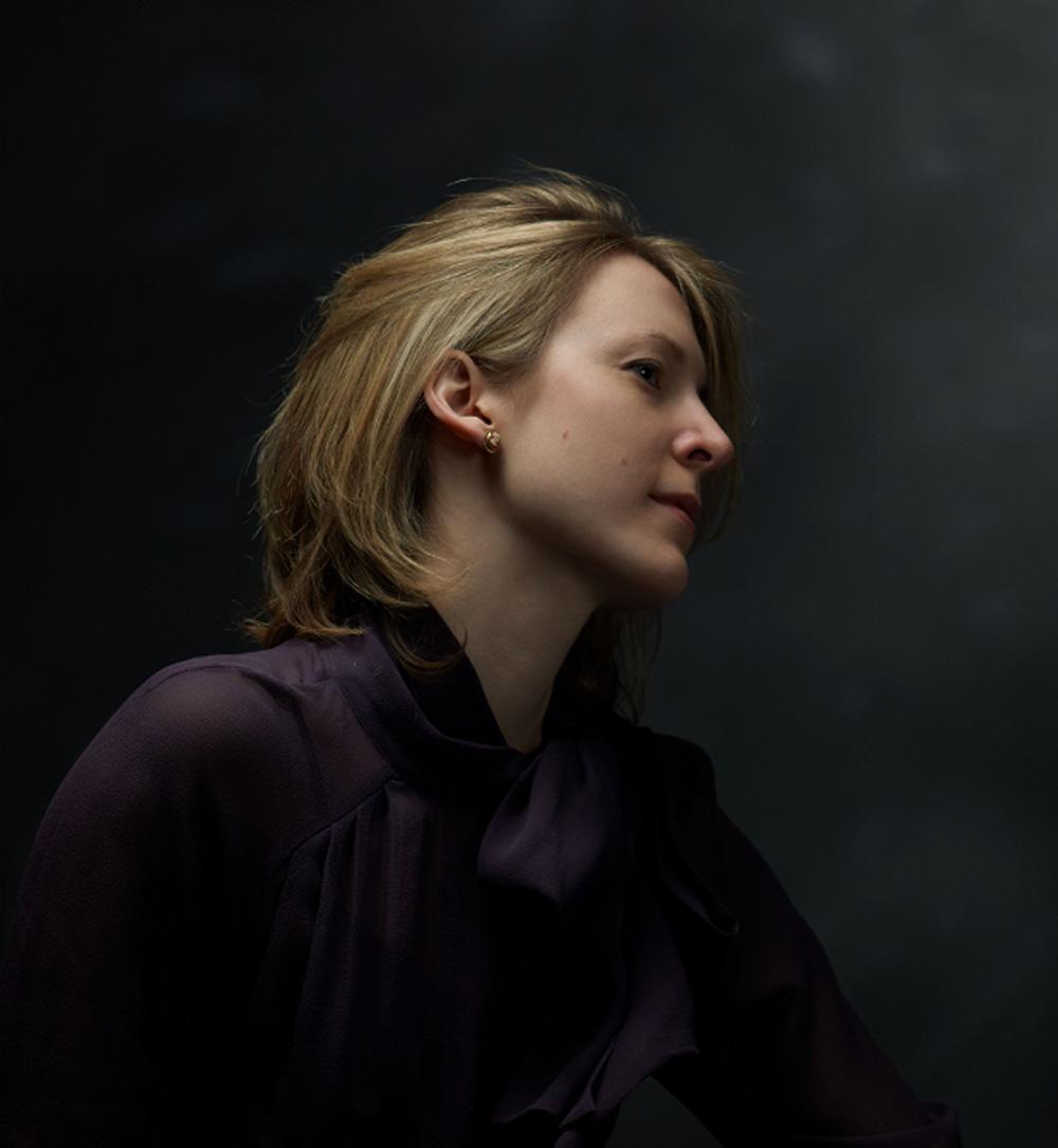 Elisabeth-Profile.jpg