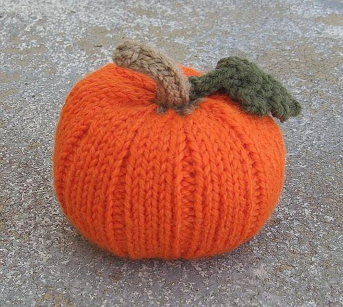 knitted-pumpkin.jpg