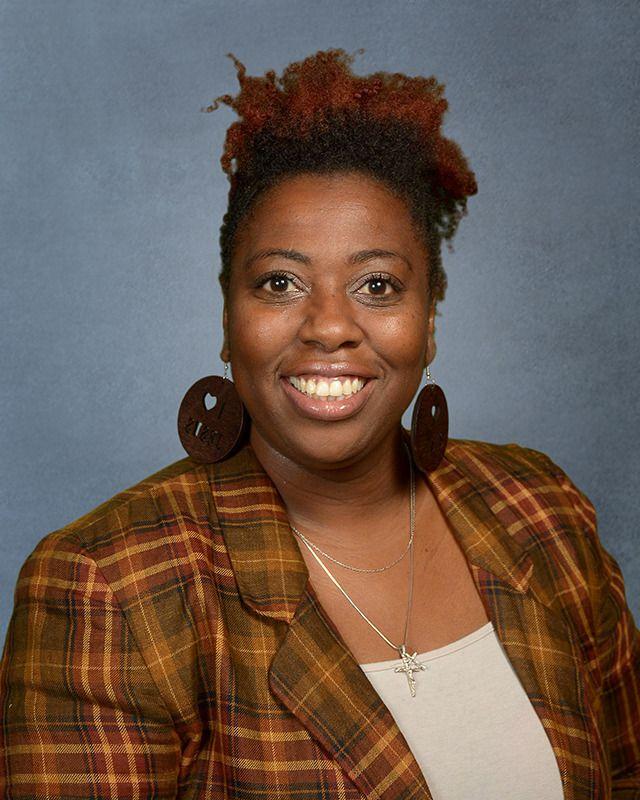 Tashome Riley - KINDERGARTENTRILEY@ccalions.com