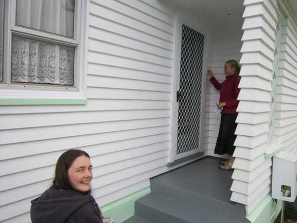 door-knocking-evangelism-nz.jpg
