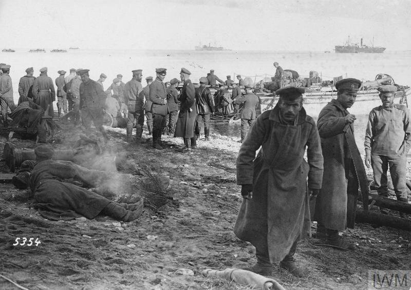 German troops landing at Saaremaa, October 1917.