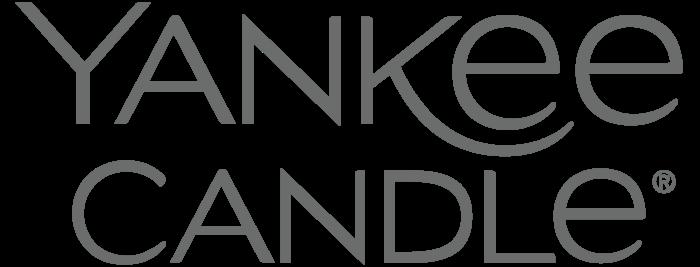 Yankee_Candle_logo_logotype-700x267.png
