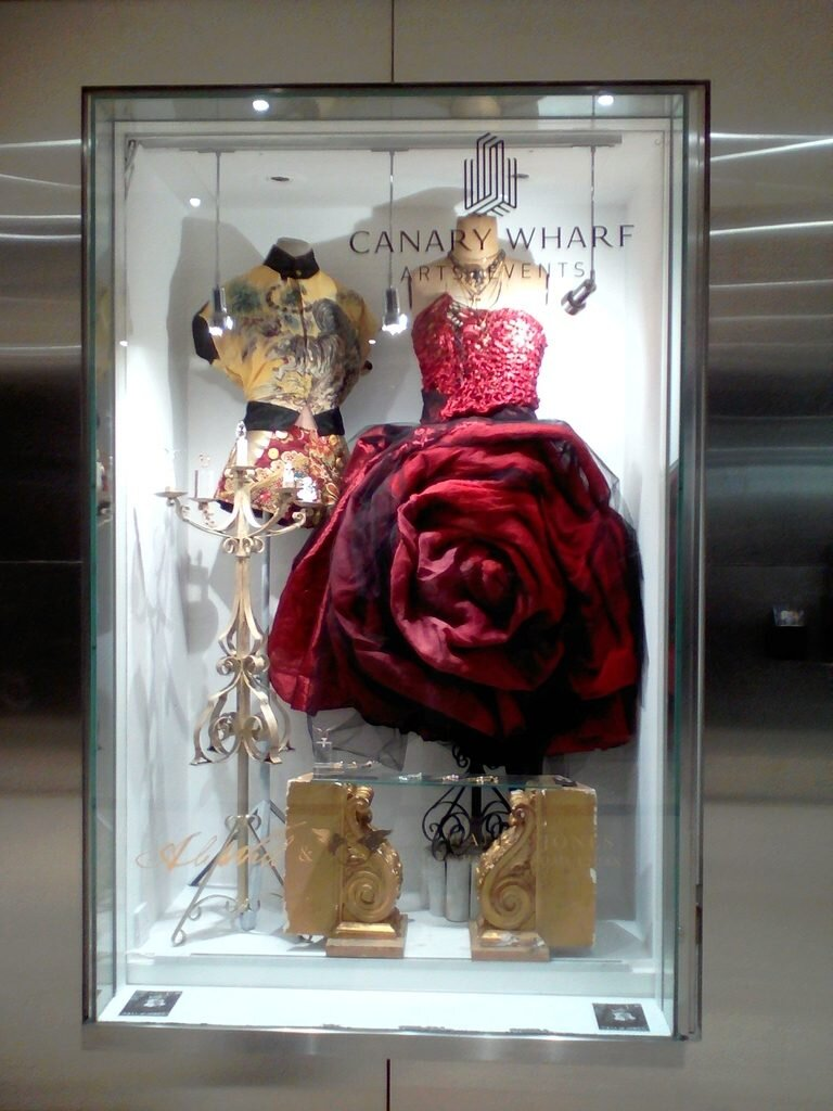 big red rose dress oriental style top tiger gold silver rose gold rings necklace