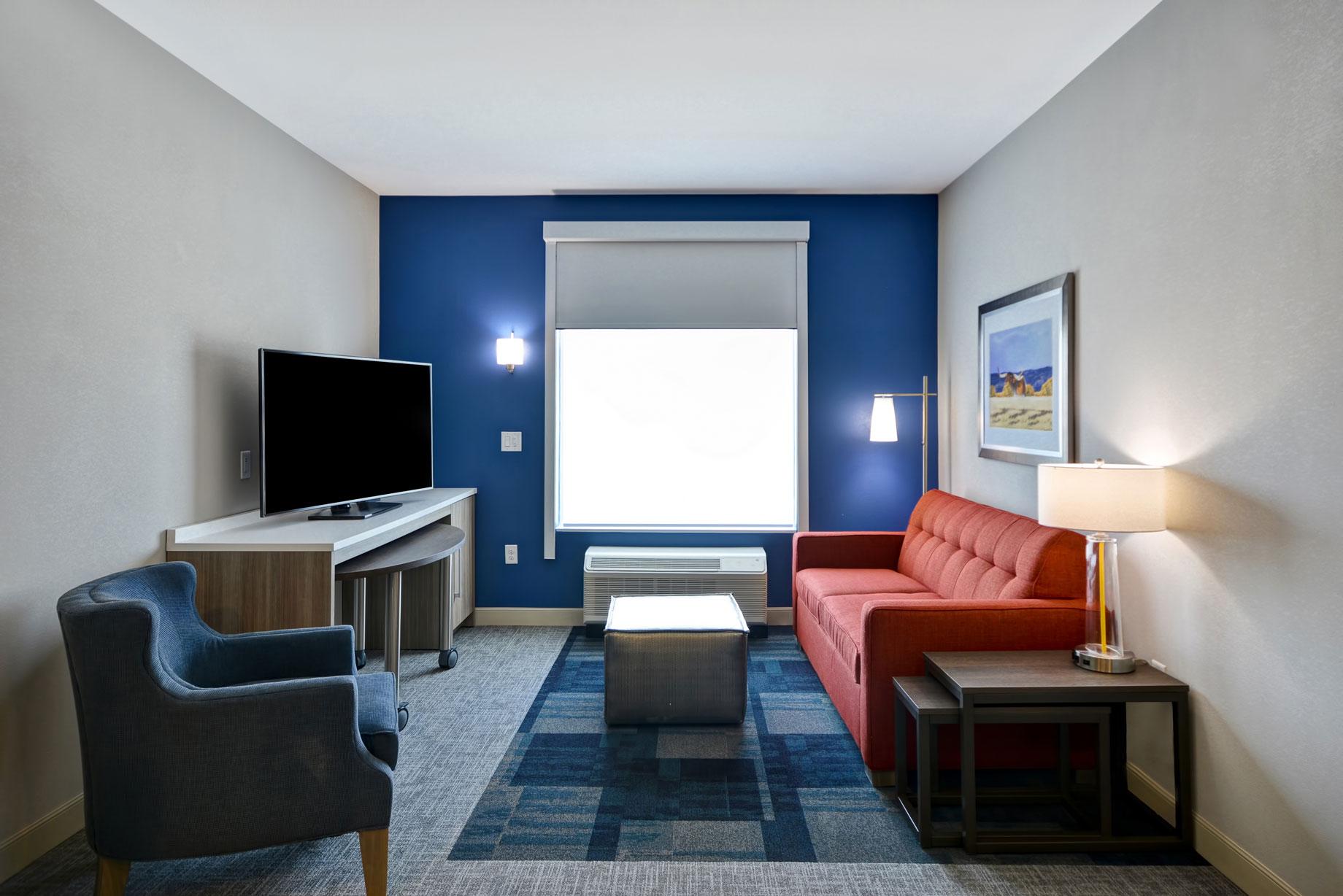 Photo-7-Suite-Living-Room.jpg