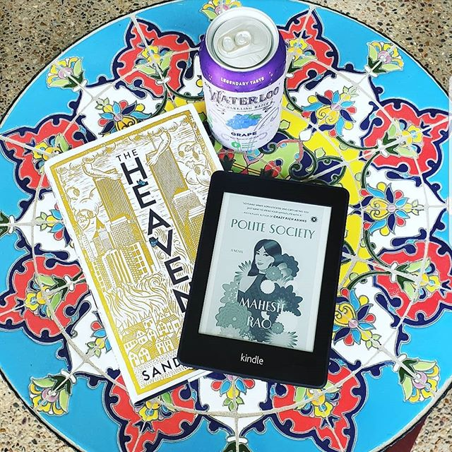 New books and sunshine 😍🌞 . What are you all reading this week? . . . . . . #bookstagram #bookgram #booklife #bookworm #booknerd #booknerdigans #bookish #booklover #instabooks #bookaholic #igbooks #bookflatlay #igreads