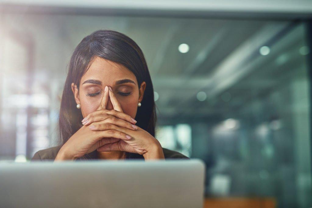 startups-fail-distressed-businesswoman-at-desk-1024x683.jpg