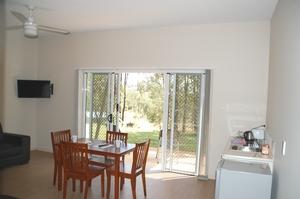 3-BR-cottage-3.jpg