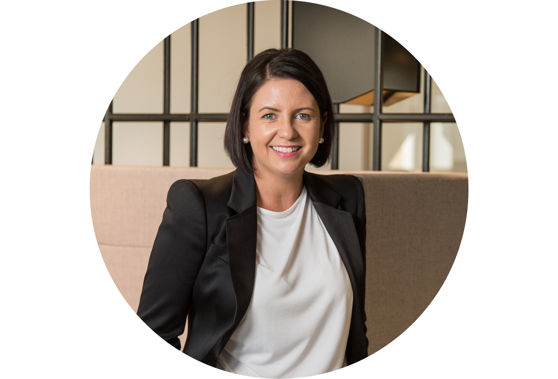 Tracey Mylecharane - Solictor - Tracey Mylecharane has over 15 years experience in Law, including 12+ years of professional practice (6 of those years at partner level).Both in court and out, Tracey has come to never underestimate the power of emotions and principles when people feel they have been wronged. She has worked with some of the country's best Barristers and Senior Counsel to fight the fight on behalf of her clients, and has developed a unique perspective on the value attached to exploring alternative options to legal proceedings.