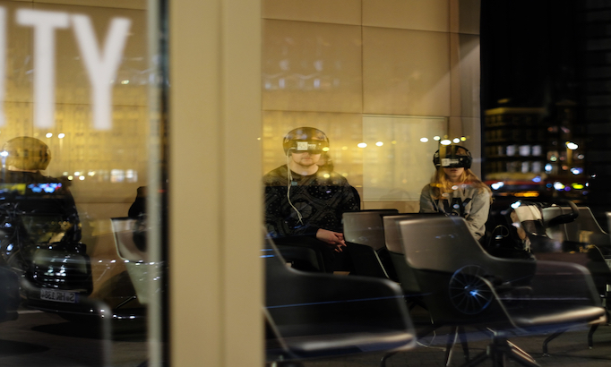 5 virtual-reality-goggles-682X410.jpg