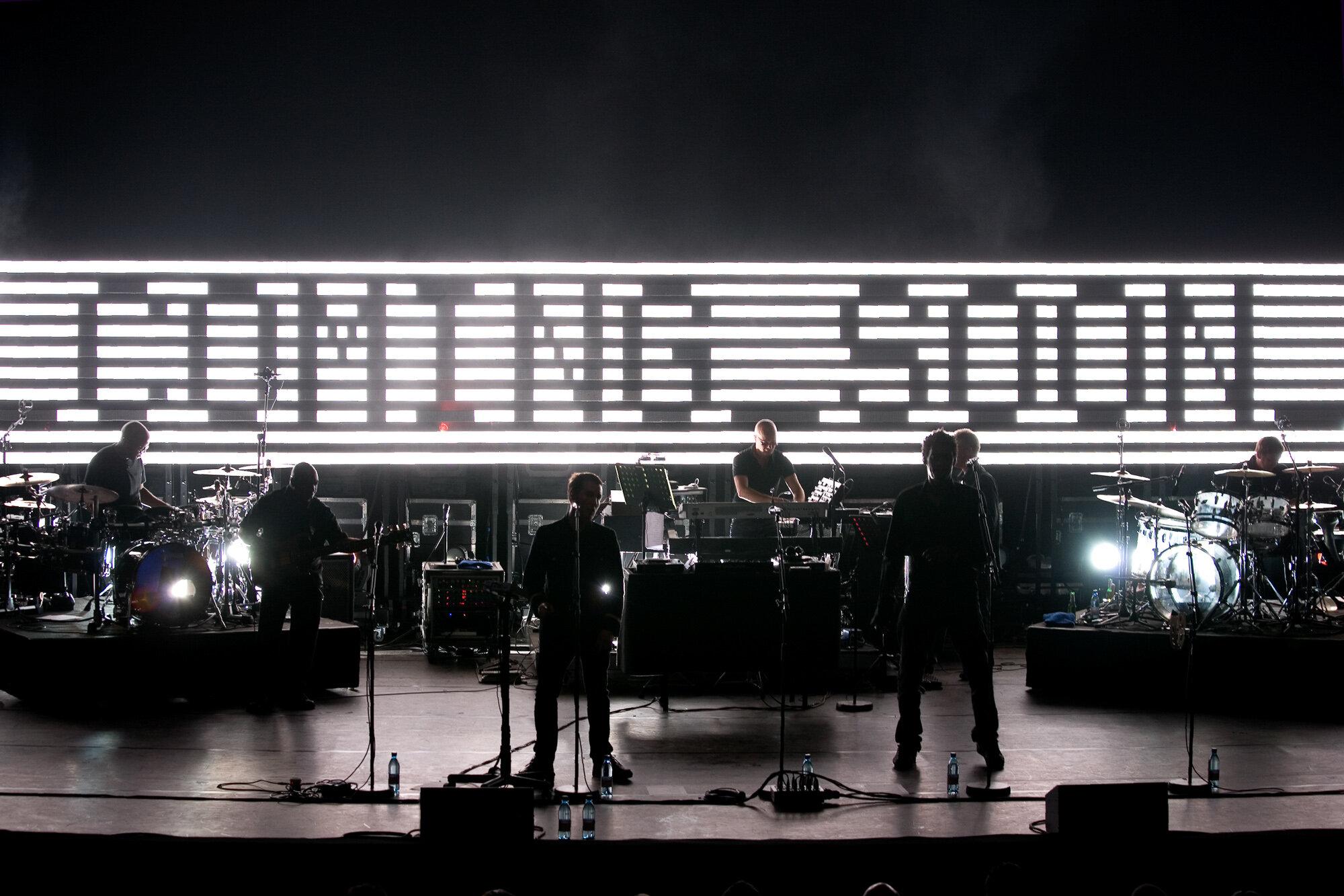 Massive Attack-11.jpg