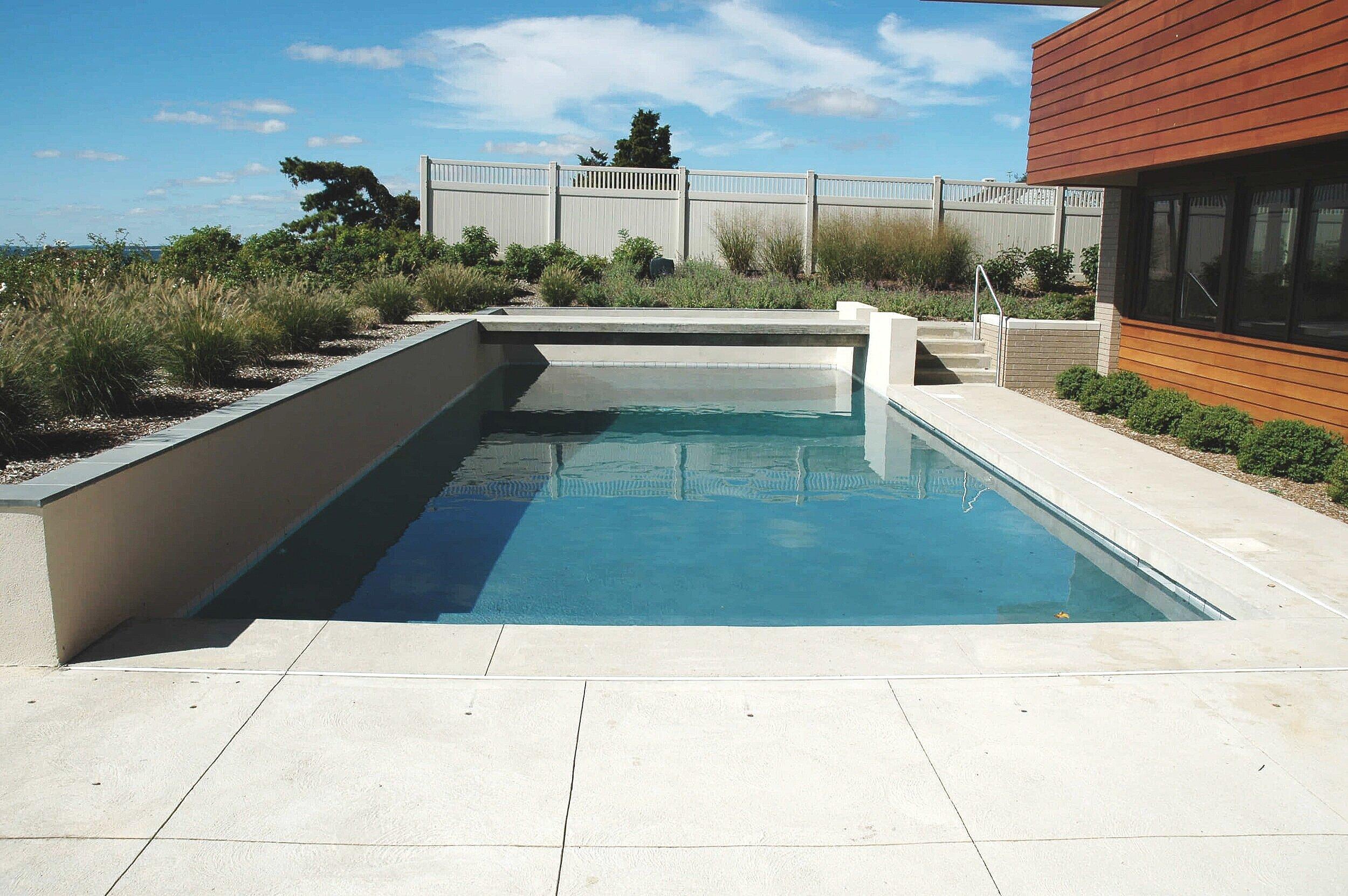 modern pool (1).jpeg