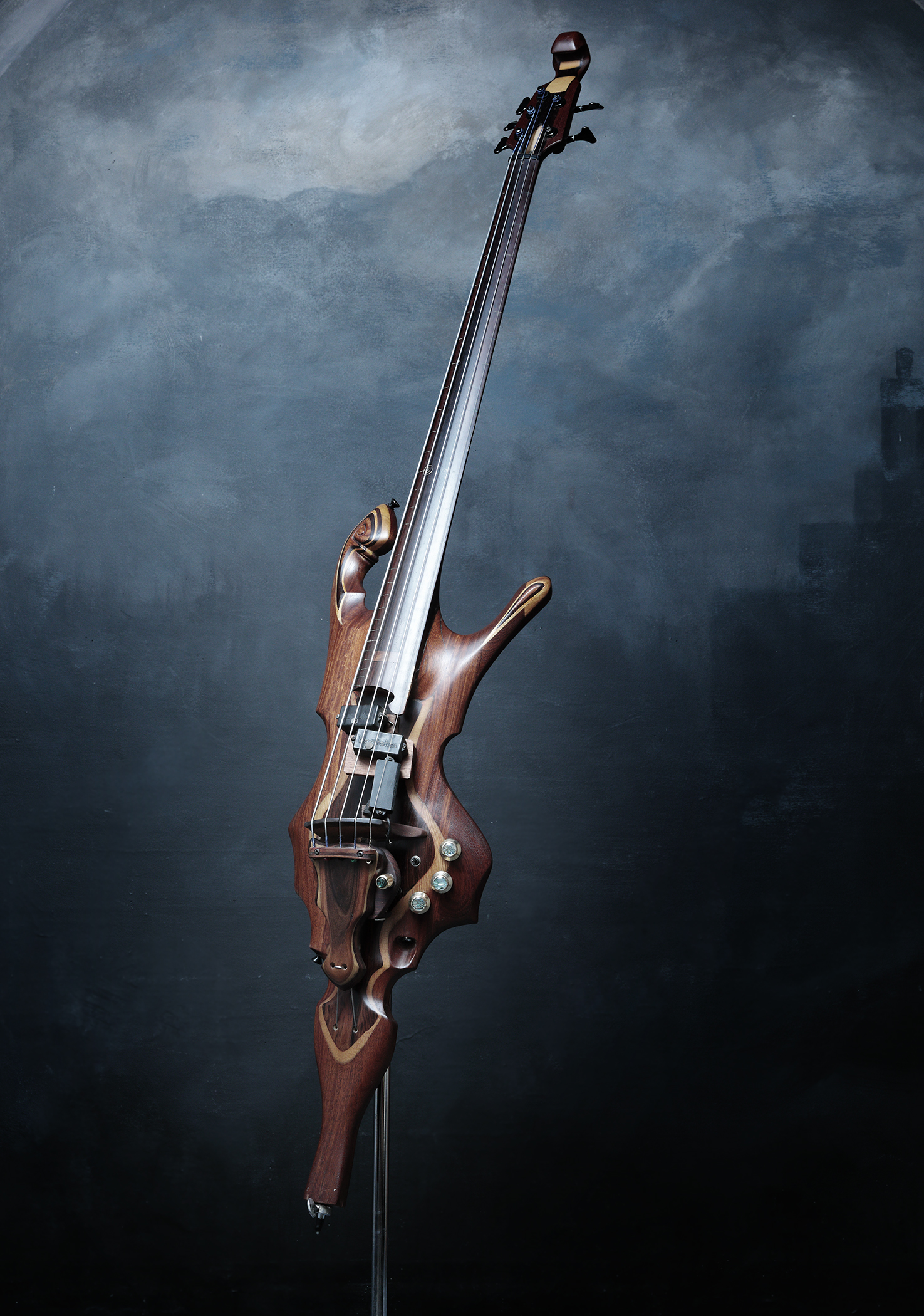 5-STRING ELECTRIC UPRIGHT BASS