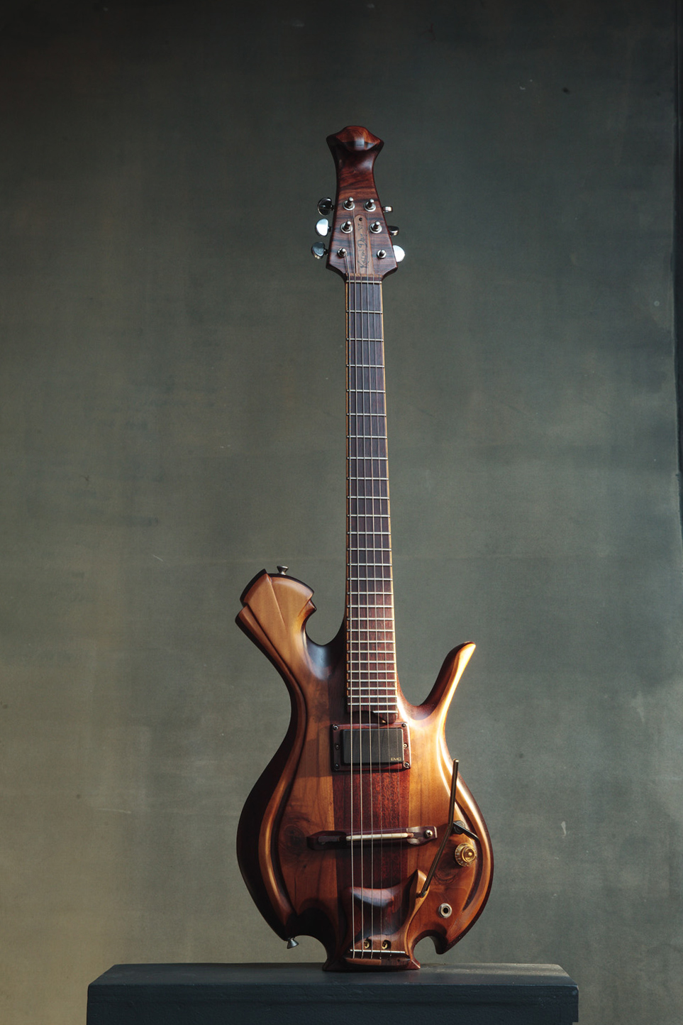 6-STRING GUITAR I