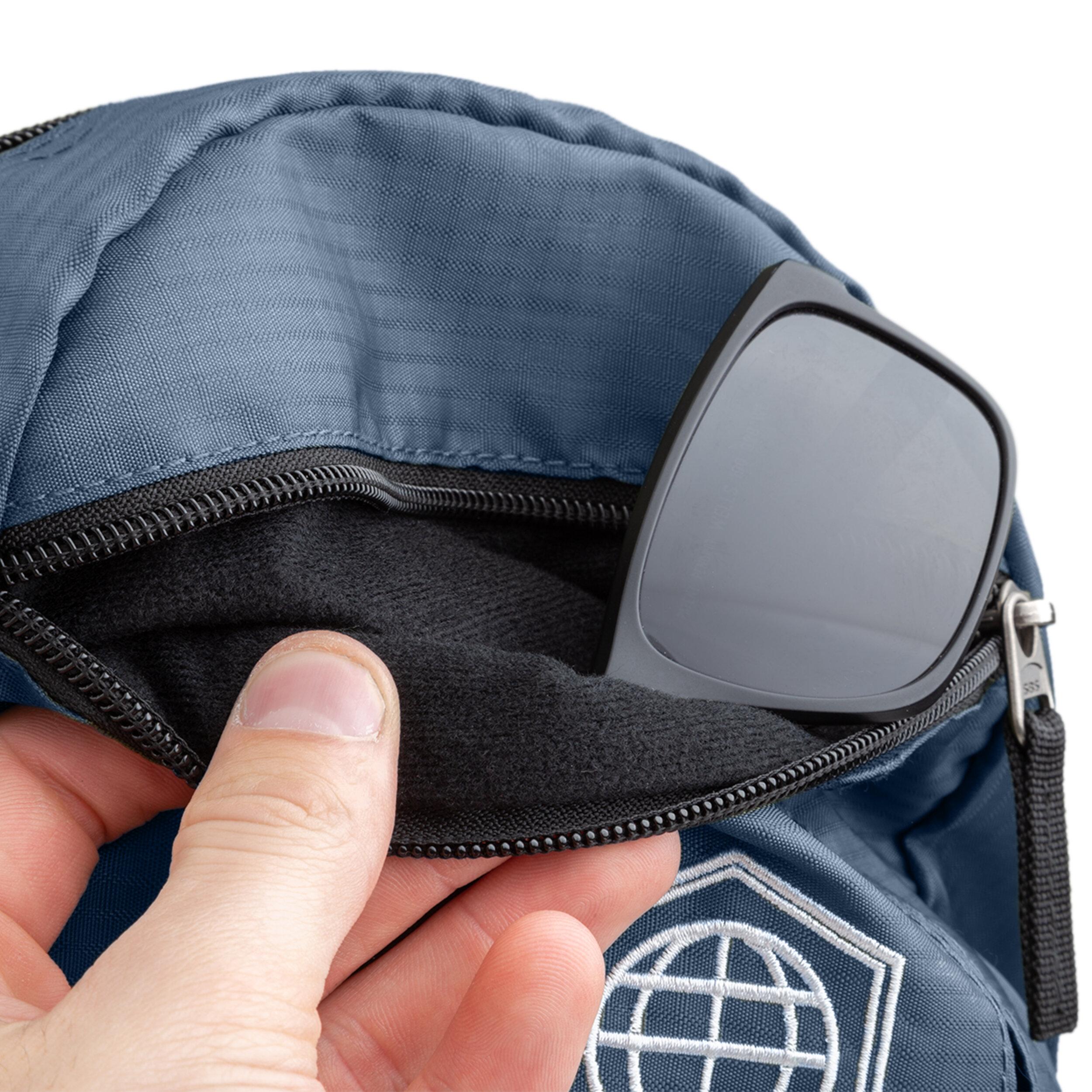 Image 8 - Microfiber Sunglasses Pouch Blue.jpg