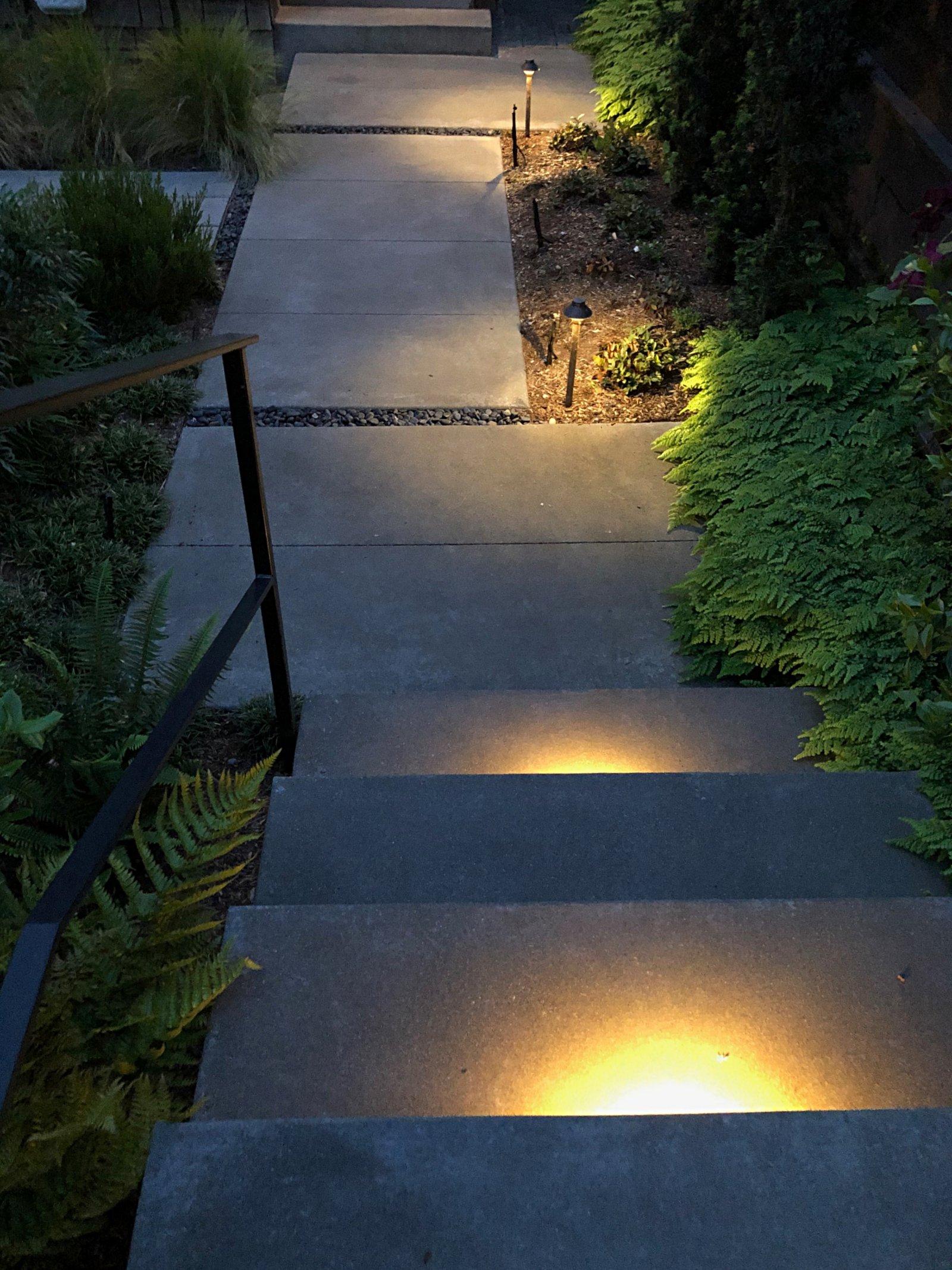 UNDERSTEP LIGHTING