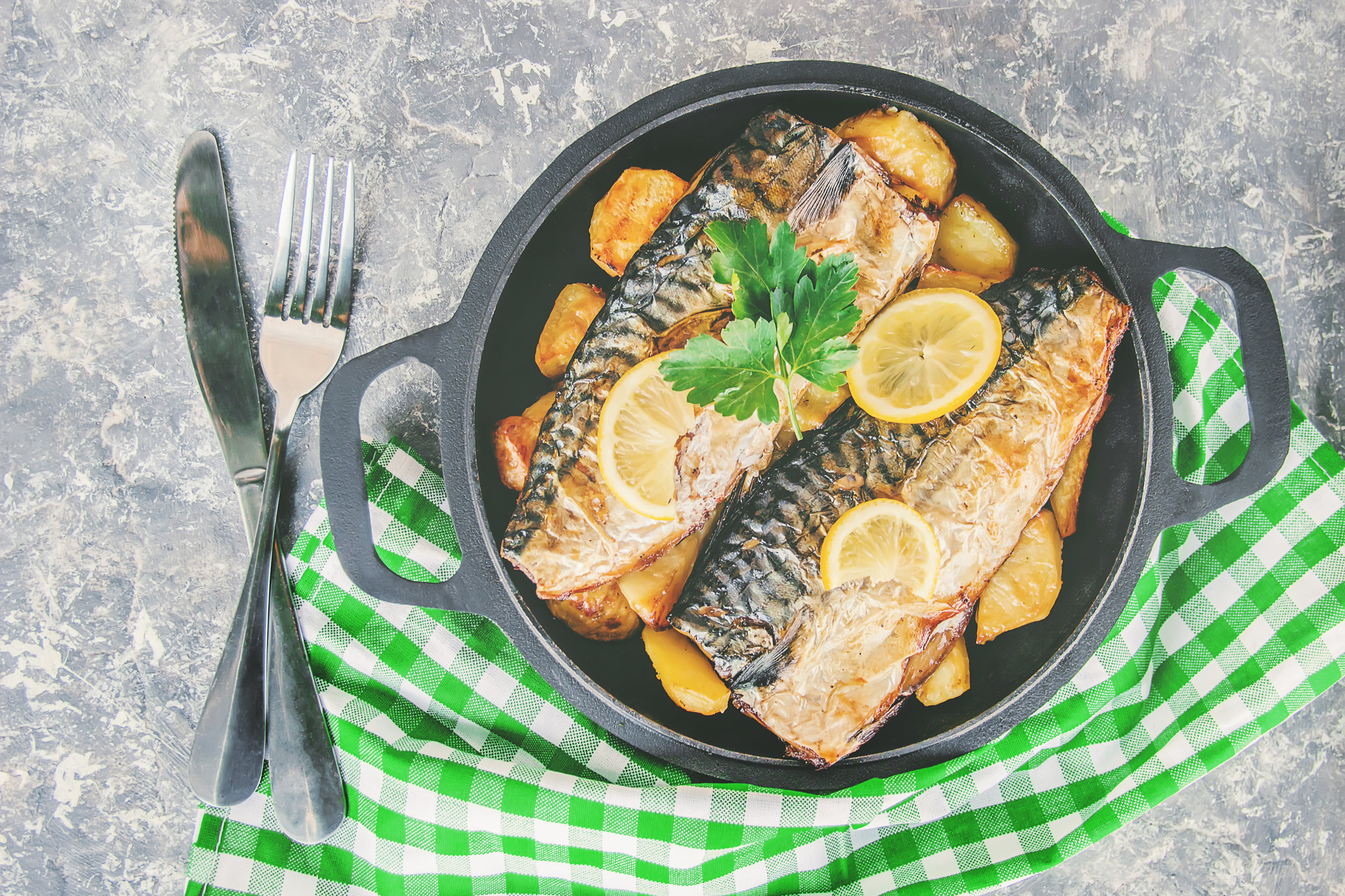 mackerel with herby potatoes and courgette -