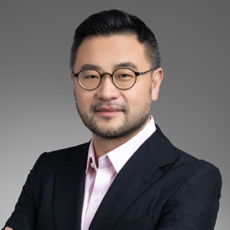 Colin Zhong   24-year veteran in trading and financial markets. Previously APAC head of Global Markets for State Street Bank; APAC Head of Trading in Fixed Income & FX at UBS and Deutsche Bank.