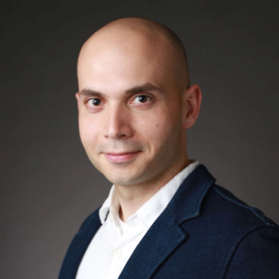 Ben El-Baz   Stanford GSB, CO-founder of Stanford's largest student-led blockchain group. 10+ years of executive experience in high-tech startups in both Silicon Valley and China. Started career as derivatives trader and analyst.