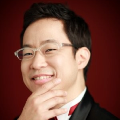 Min-Q Kim  Former senior engineer at Samsung electronics. 11+ years as VC investing globally in IT S/W, AI and blockchain. Early investor in Ethereum and a blockchain enthusiast.