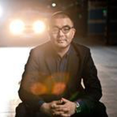 LIU Feng   Mr. Feng Liu is CO-founder and editor-in-chief of ChainNews, a Chinese leading online news outlet dedicated to blockchain and cryptocurrency industry. Striving to report news accurately and objectively, ChainNews provides comprehensive information as well as in-depth analyses on blockchain ecosystem and cryptocurrency developments. Mr. Liu is a professional journalist with 20 years of experience in business reporting and newsroom management. Previously, Mr. Liu was Chief-in-Editor of Bloomberg Businessweek Chinese Edition, which is one of top business publications in China.