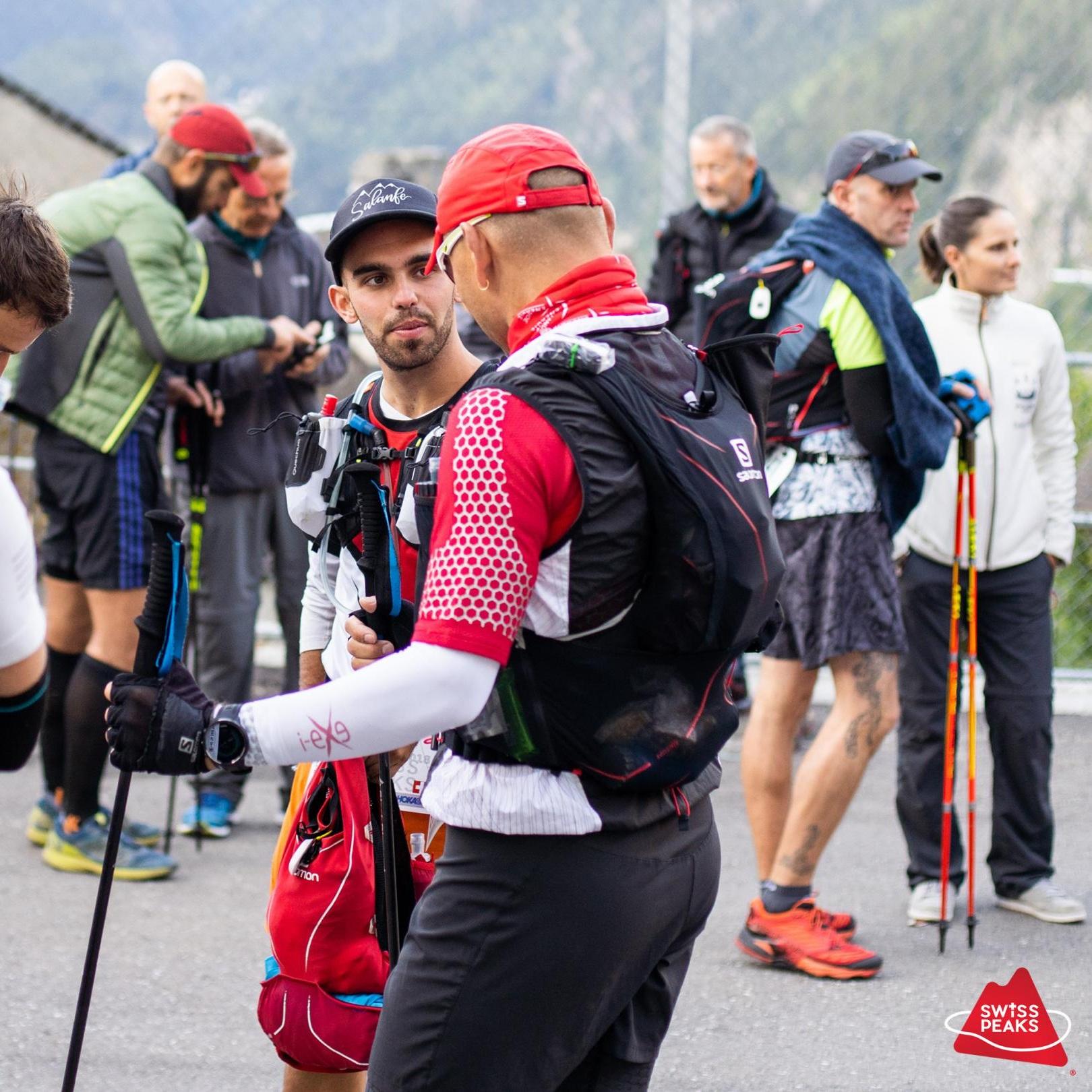 SwissPeaks+Trail_Coureurs+discutent.jpg