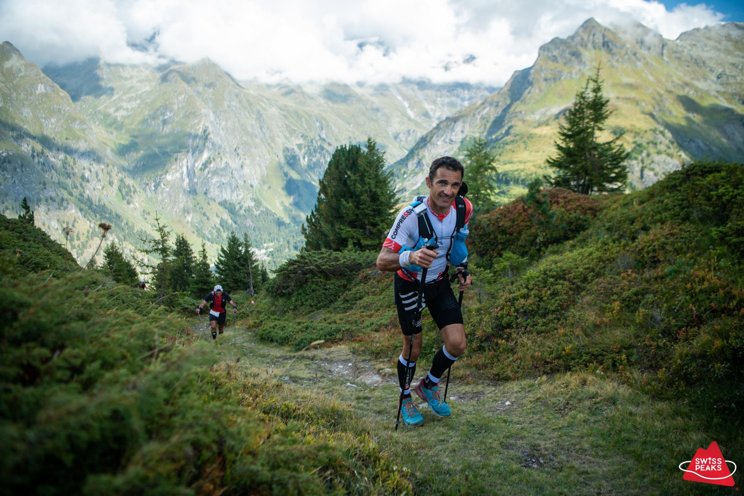 SwissPeaks Trail_Coureur monte brouillard.jpg