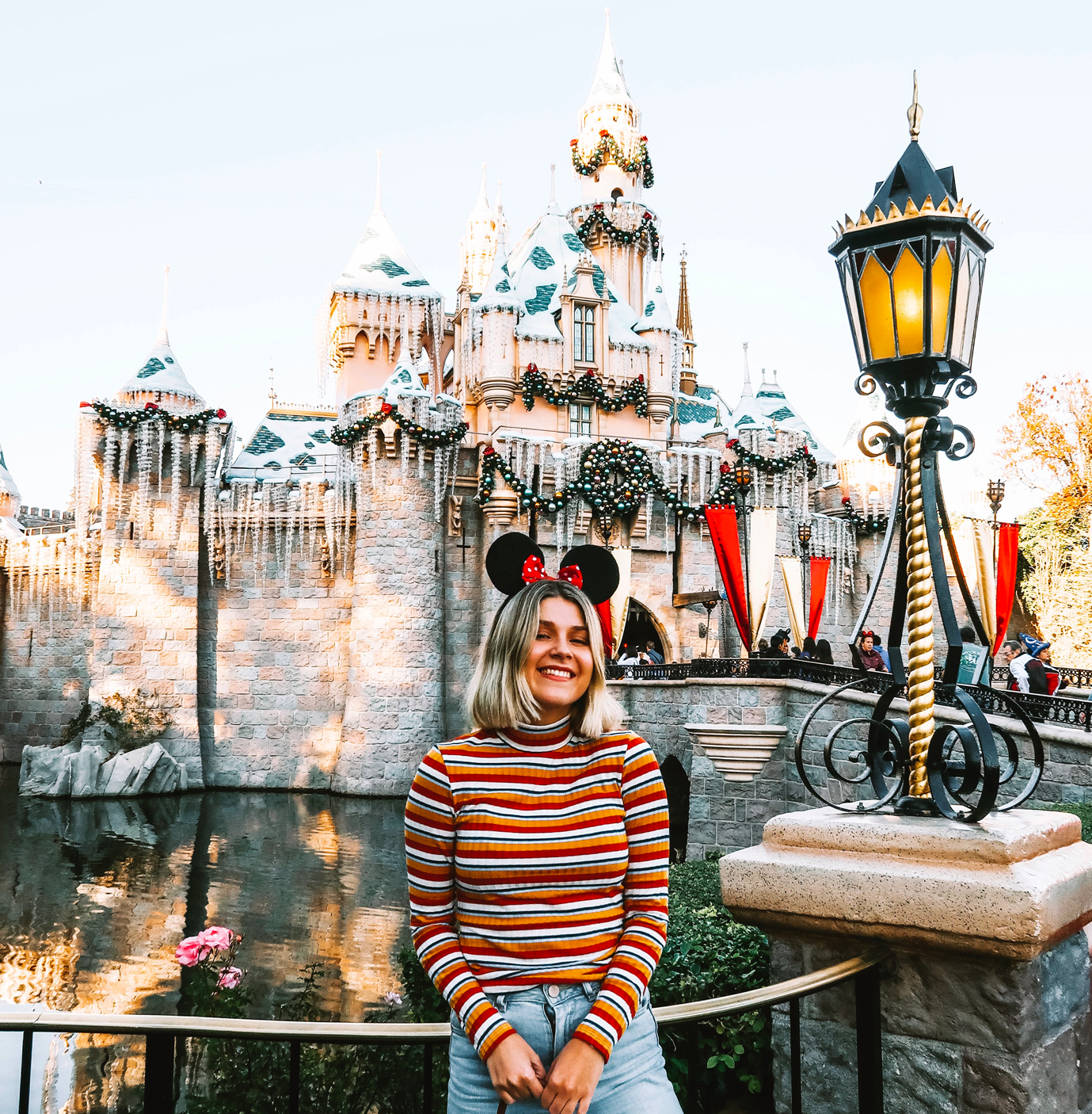 Hacks & Tips For The Best Day Ever At Disneyland - Travel