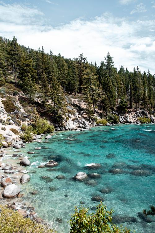 ashowens-lake-tahoe-best-travel-guide-2019.png