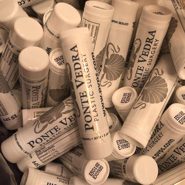 Stay away from chapped lips!!! Thanks PVPS @pvpspics for the sponsorship 💝✔️🏃🏽‍♂️ (these will be in the race packets 💁🏻‍♀️)