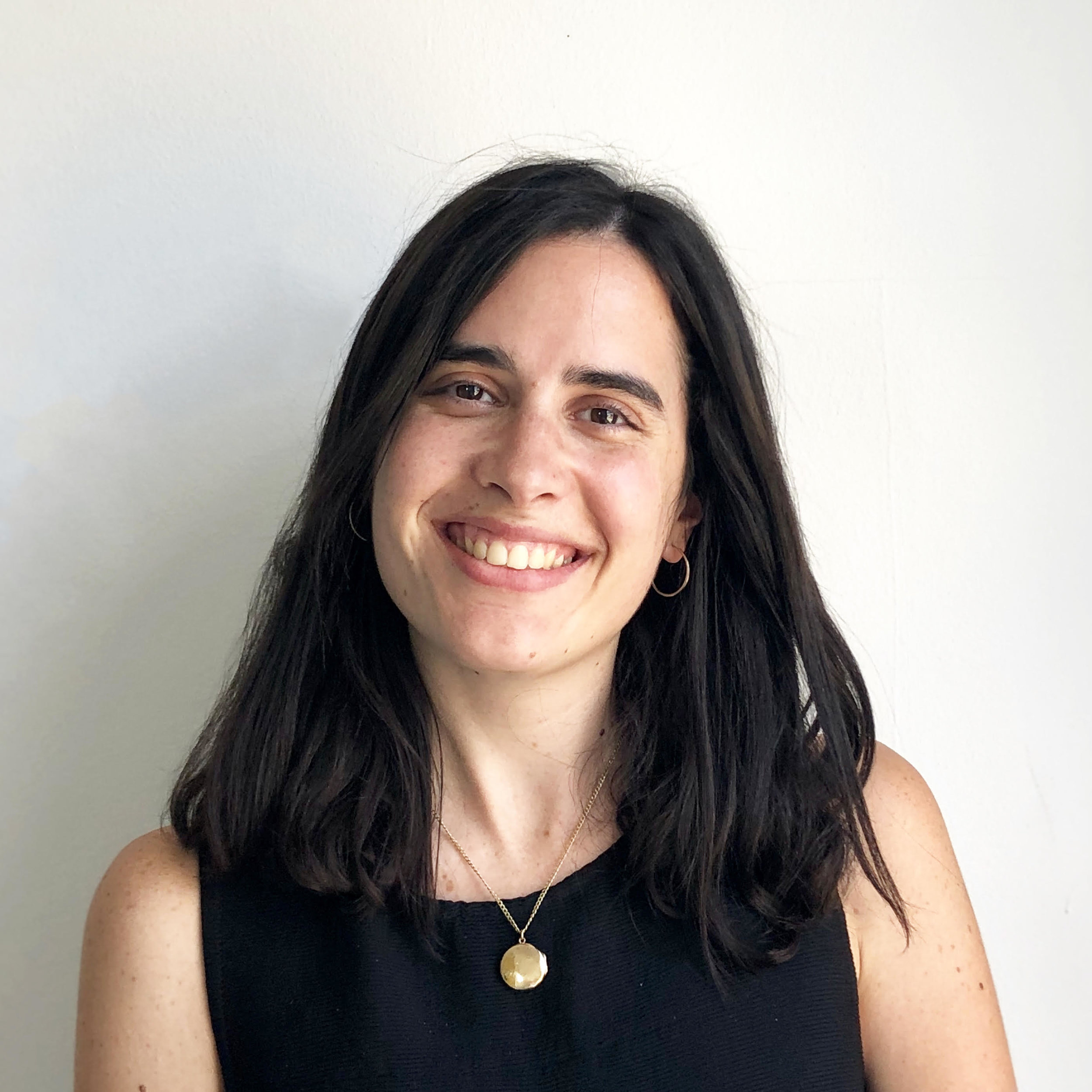 Helena Bonastre - Hi! My name is Helena and I'm a director, animator and illustrator from Barcelona based in London. I studied directing film at Met Film School (2016) and I graduated from an MA in Character Animation at Central Saint Martins (2018). I have experience working as an animator, assistant animator and storyboard artist for production companies such as Nexus Studios, Lupus Films, BBC and Passion Pictures (including the box office hit feature film Paddington 2).My graduation animated film 61 Beehive Street (2018) has won Best Animated Film at Oaxaca FilmFest and Underwire Festival (UK) and has been selected for international festivals including Palm Springs Short Fest (US). Previously, I directed the live action fantasy short film Franz (2016), which was also selected in worldwide fantasy festivals including Mirror Mountain Film Festival (Canada) and The Short Cinema Leicester International Film Festival (UK).I also work as a freelance illustrator taking different commissions and I've illustrated for the book Taller de Yoga para Niños (2017) by Ariadna Civit and Marianna Roigé and published by Alba Editoral (Barcelona, Spain).