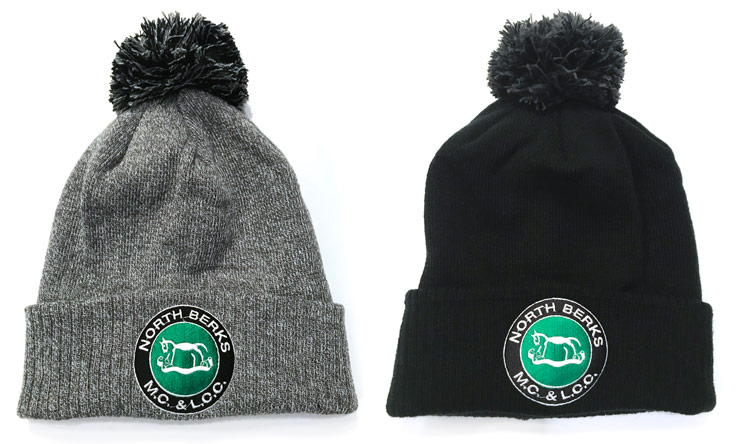 Knitted Bobble Hat – £12