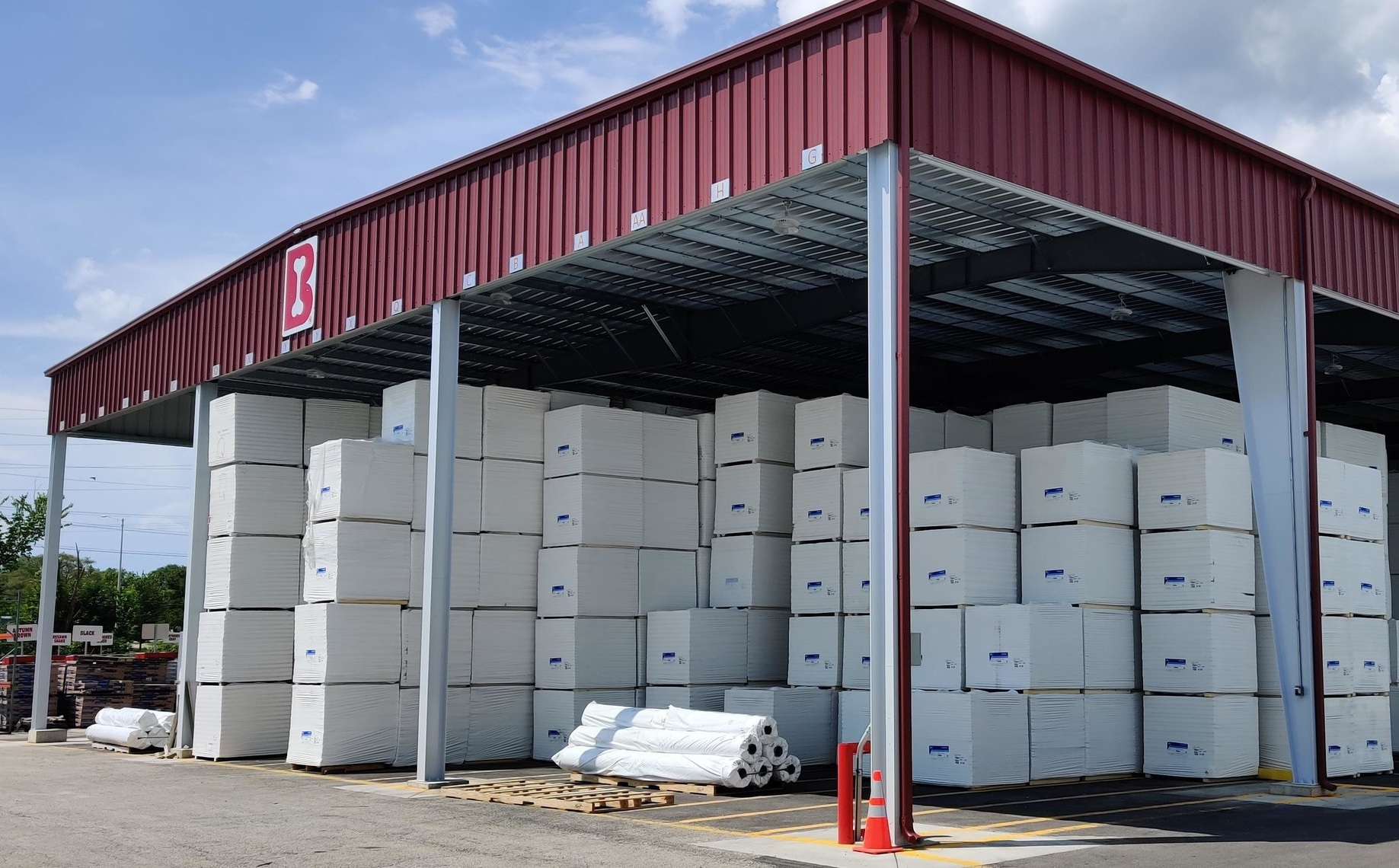 Outside Storage - New in 2019 is our outside storage facility. We are committed to giving the best and quality products to our roofers- and that means dry material. We invest in our facilities to ensure weather doesn't impact the quality of our material.The new storage facility can hold up to 60 trailer loads of polysio. This means we can stock and store more material than any other supplier in Chicagoland, while protecting that material from the elements.We can almost guarantee what you need is in stock and ready to ship same day.