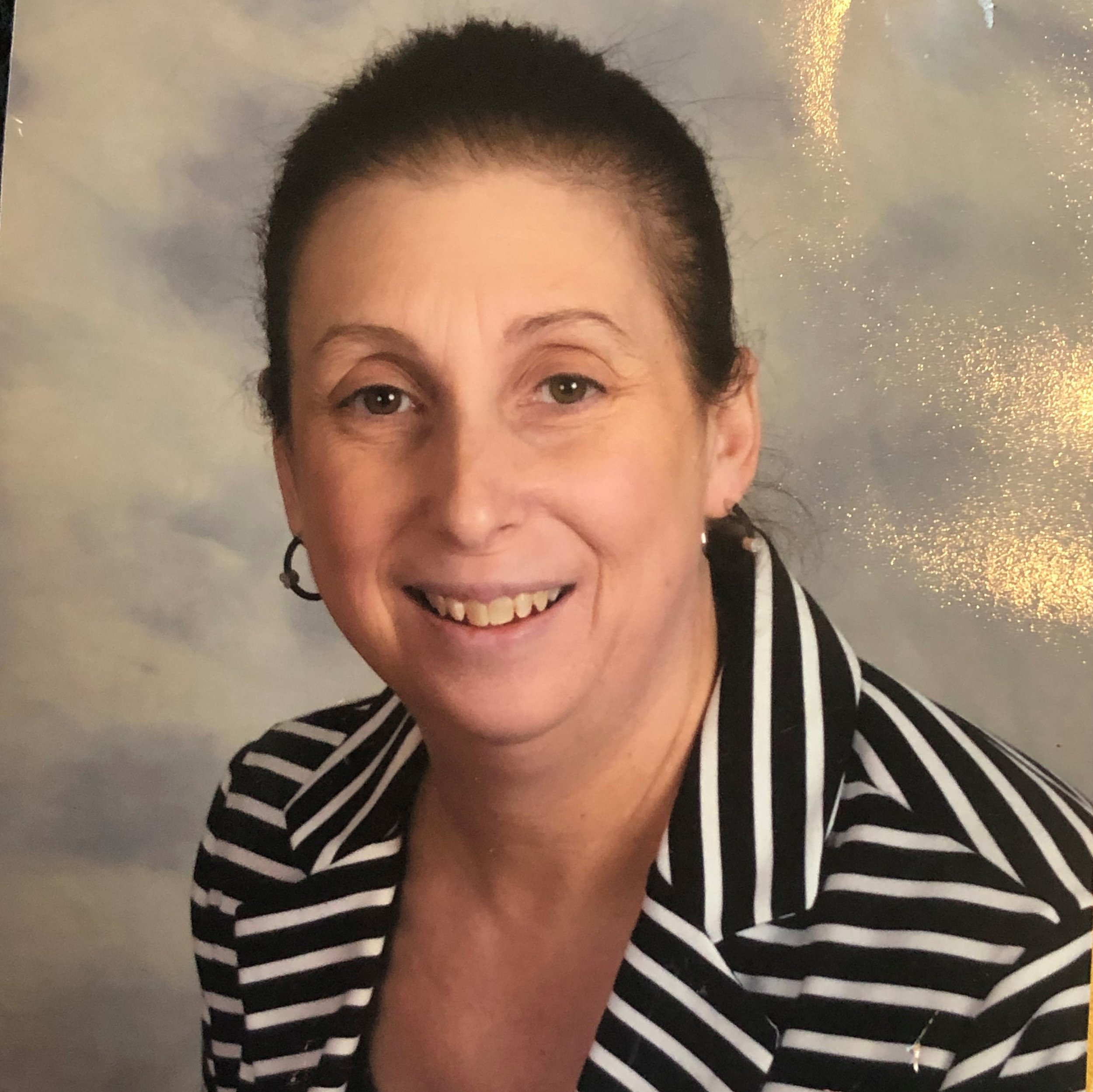 - Melissa Levin - DirectorMelissa has been in the field of Early Childhood Education since 1986. She received her Bachelor's in Early Childhood Education from Wheelock College. Melissa is passionate about animal advocacy, a Red Sox fan and loves her three cats Fenway, Lucy and Lulu.