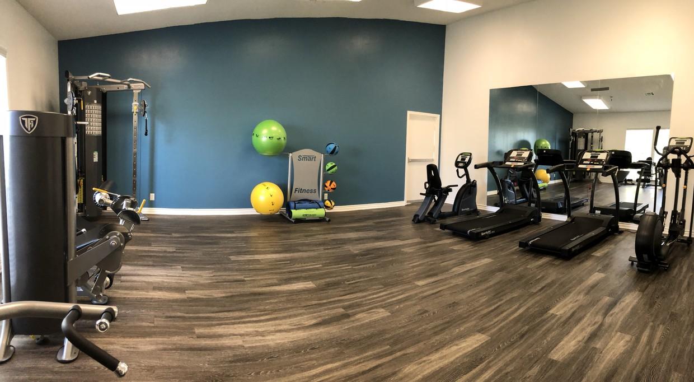 pepperwood-apartments-vista-ca-fitness-center.jpg